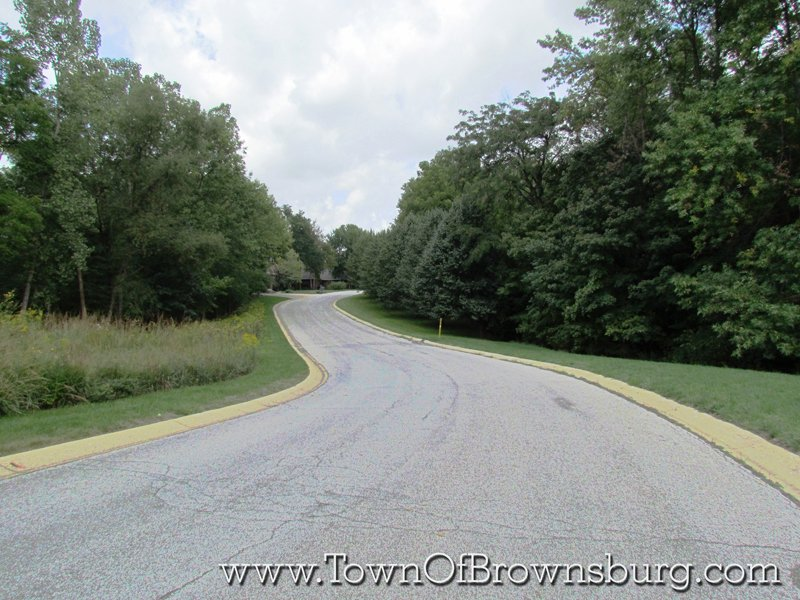 The Fountains, Brownsburg, IN: Residential Roadway