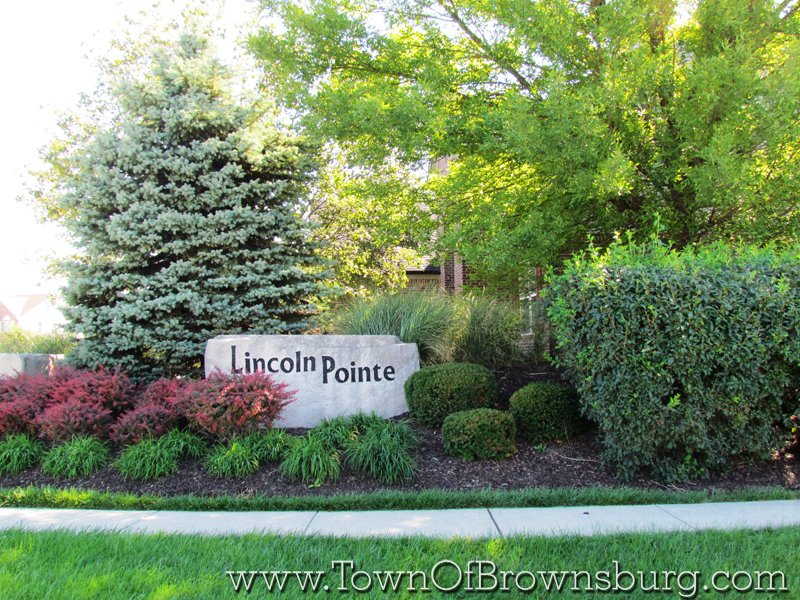 Lincoln Point, Brownsburg, IN: Entrance