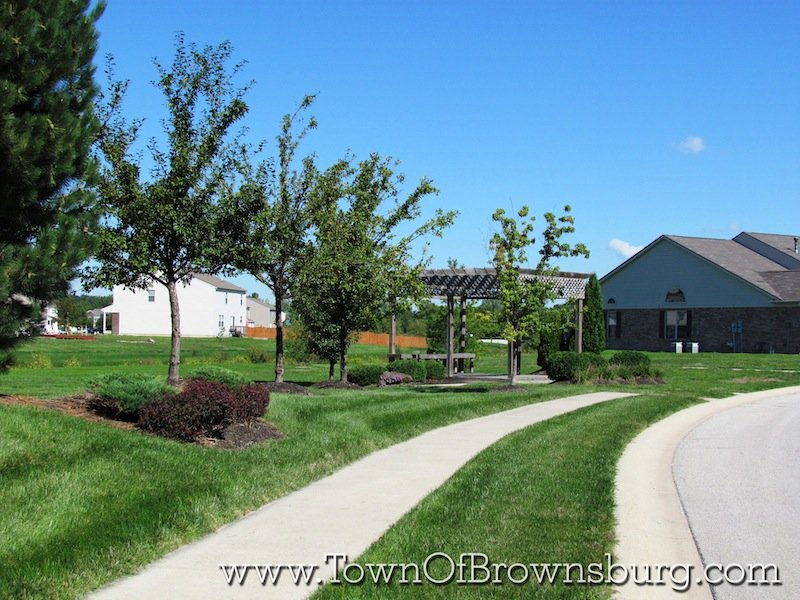 Bersot, Brownsburg, IN: Walking Path