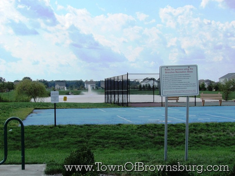 Branches, Brownsburg, IN: Tennis Court