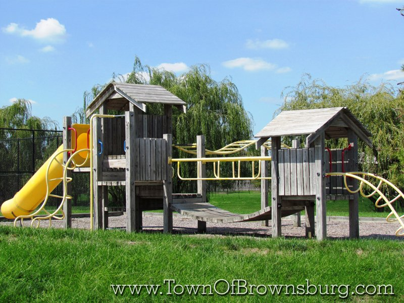 Highland Springs, Brownsburg, IN: Playground