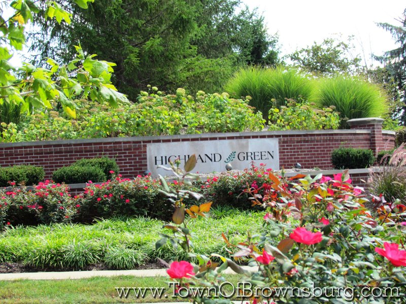 Highland Green, Brownsburg, IN: Entrance